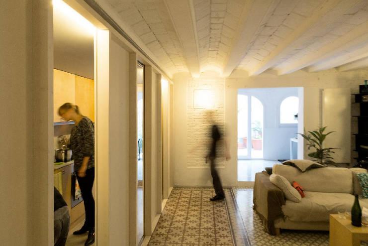 apartamento juan: Comedores de estilo  de vora