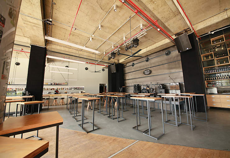 de ArcorA Custom Made Furniture Moderno