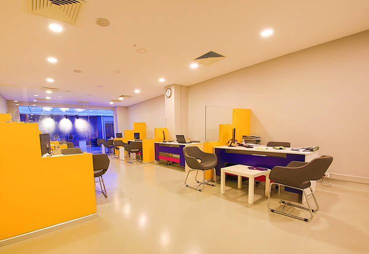 ArcorA Custom Made Furniture – Versus Sports_Ankara: modern tarz , Modern