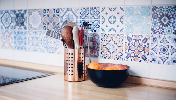 Portuguese Tile Stickers – Backsplash:   por MOONWALLSTICKERS.COM