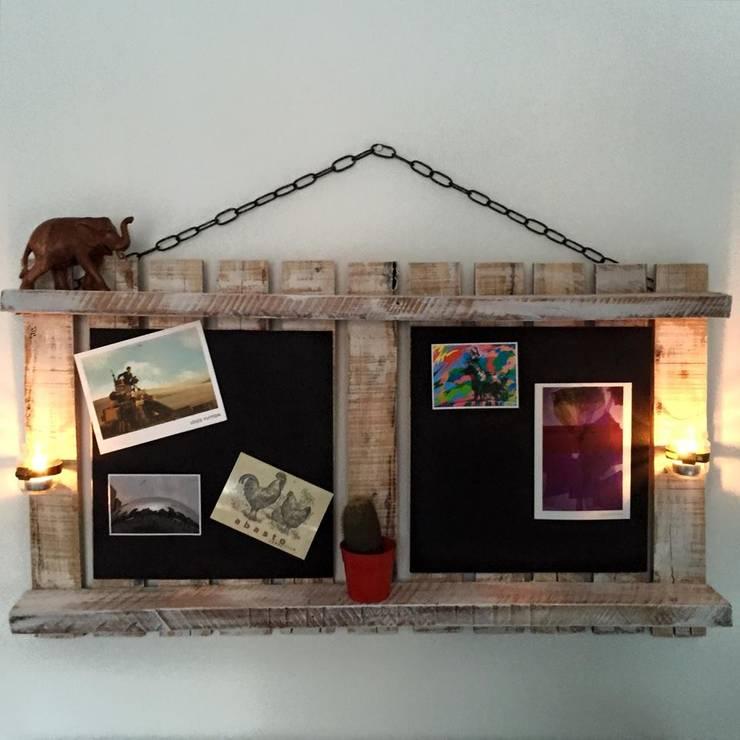 Corcho Romántico:  de estilo industrial por Take It, Industrial Madera Acabado en madera
