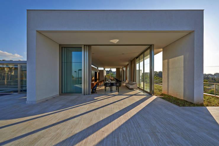 Casas de estilo  por Lanza Arquitetos