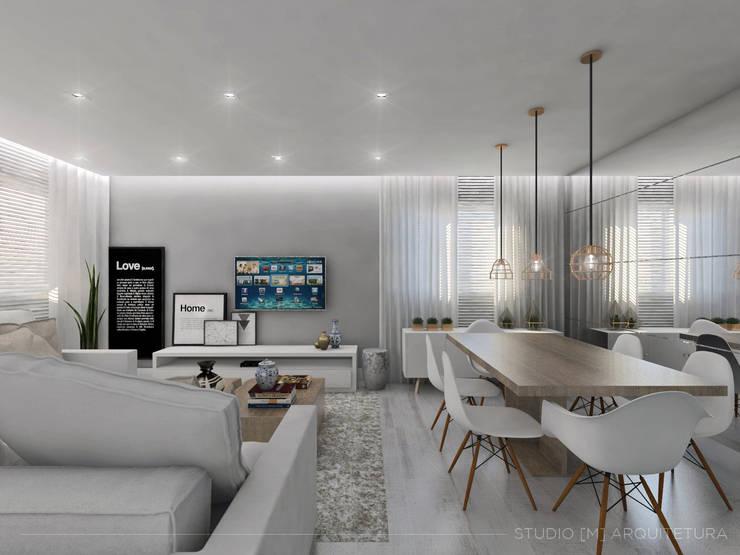 skandinavische Wohnzimmer von Studio M Arquitetura