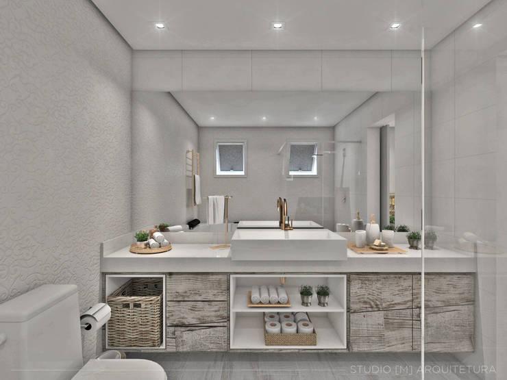 skandinavische Badezimmer von Studio M Arquitetura