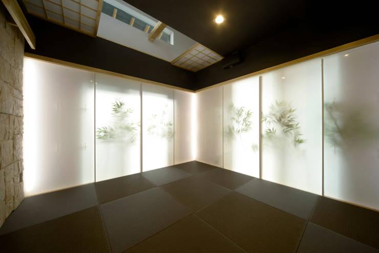四季の家: 松浦一級建築設計事務所が手掛けた多目的室です。
