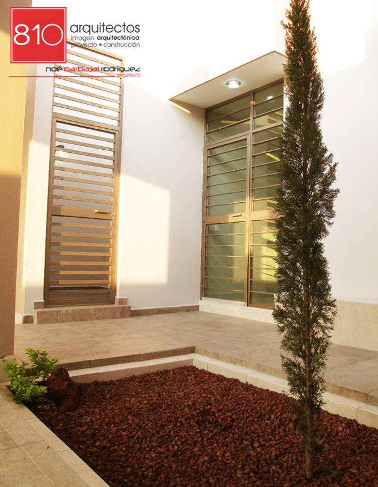 Casa Habitación. Amézquita Córdova: Casas de estilo  por 810 Arquitectos