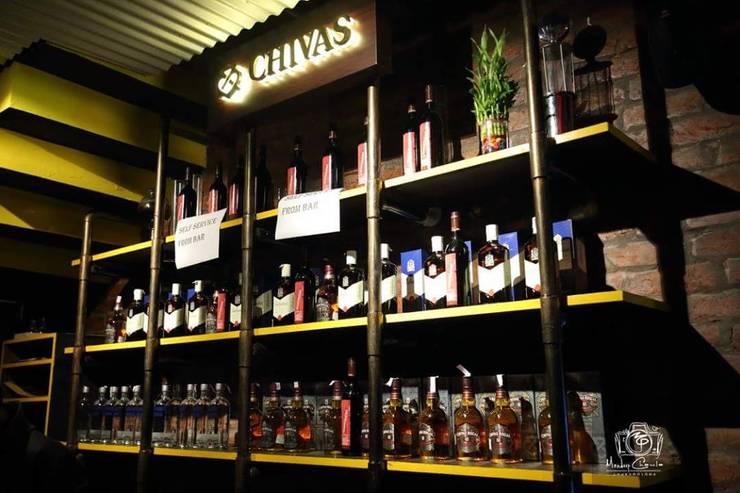 PK TUNN RESTOBAR,LUDHIANA:  Wine cellar by Ingenious,Industrial