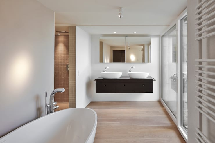 modern Bathroom by gerken.architekten+ingenieure