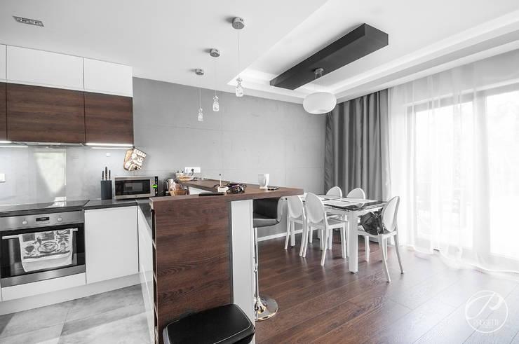 Comedores de estilo moderno de Progetti Architektura Moderno