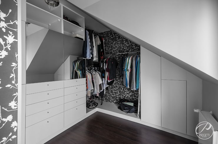 modern Dressing room by Progetti Architektura