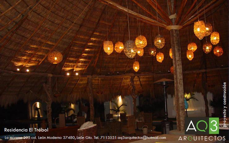 Residencia El Trébol:: Terrazas de estilo  por AQ3 Arquitectos