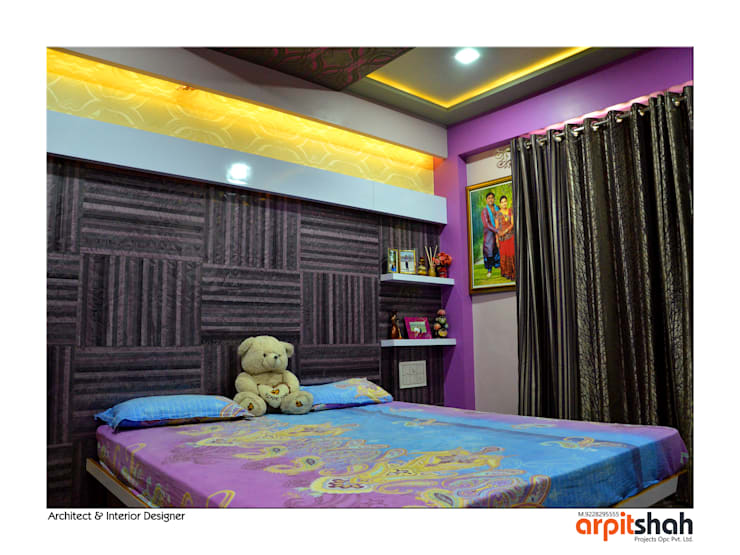Hirenbhai@Gandhinagar:  Bedroom by ARPIT SHAH PROJECTS OPC PVT LTD.