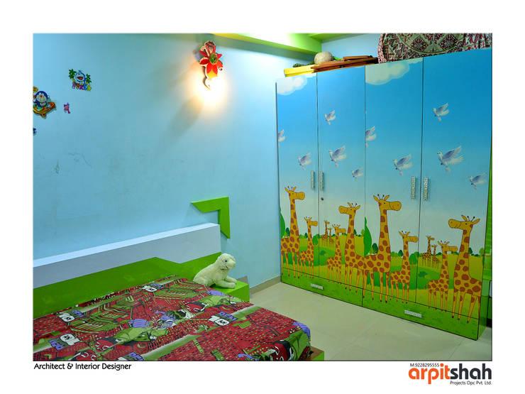 Hirenbhai@Gandhinagar:  Bedroom by ARPIT SHAH PROJECTS OPC PVT LTD.