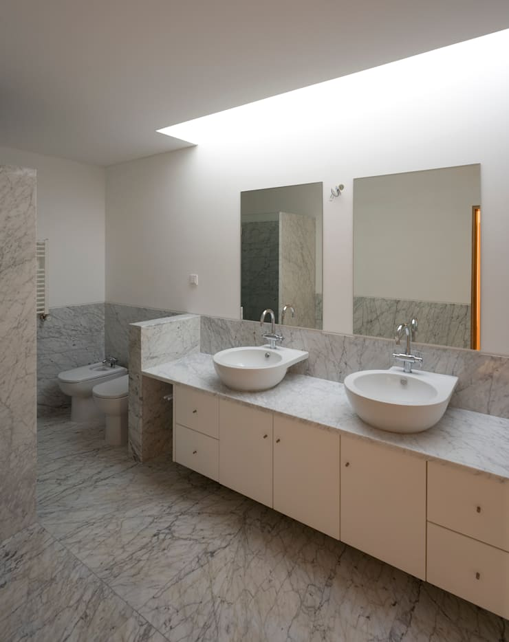 Salle de bain moderne par ABPROJECTOS Moderne