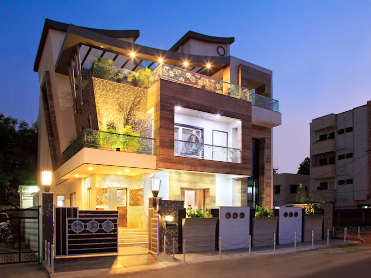 SADHWANI BUNGALOW: modern Houses by Square 9 Designs