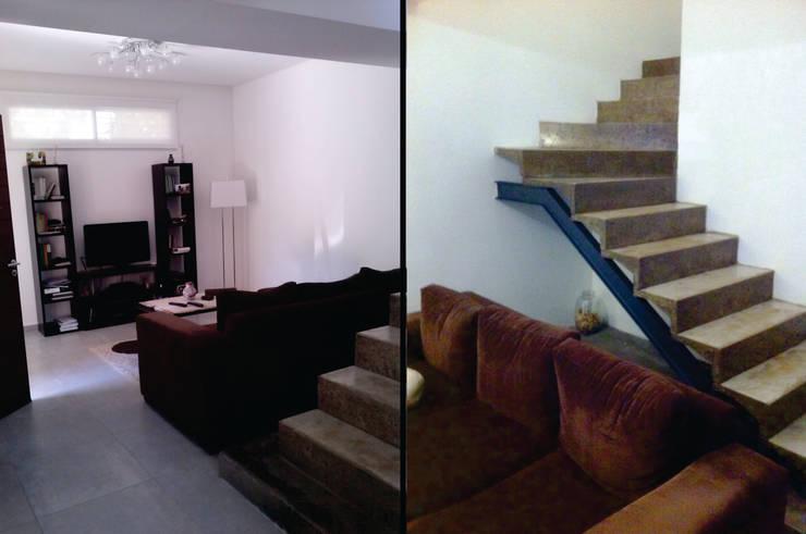 Estar - Escalera: Livings de estilo  por MONARQ ESTUDIO