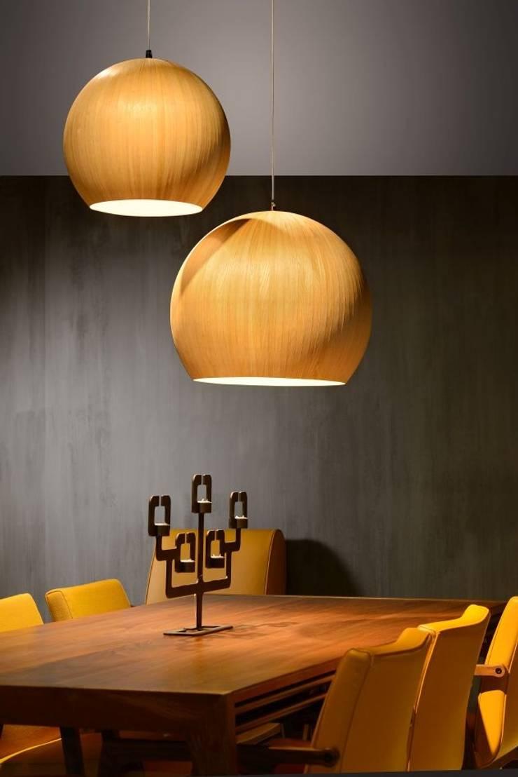 Candeeiro de tecto BOLSTAR: Sala de jantar  por VM HOME DESIGN