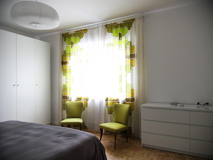Casa Bobolo: Camera da letto in stile  di tiziano de cian