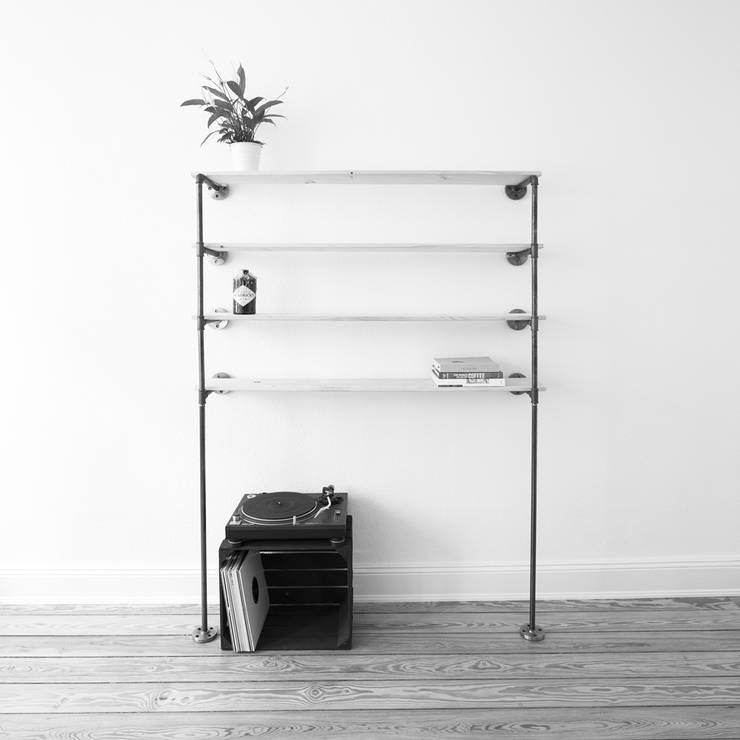 Bücherregal STORYBOARD: industriale Wohnzimmer von various - Design aus Stahlrohr