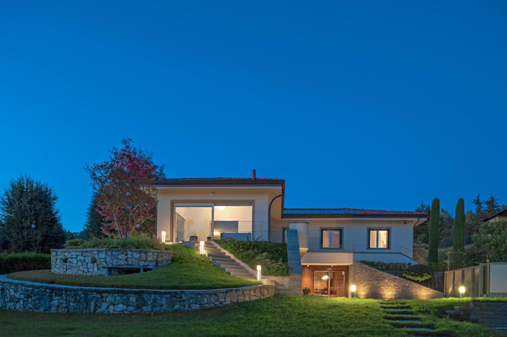 VILLA PS: Case in stile  di Studio Associato Casiraghi