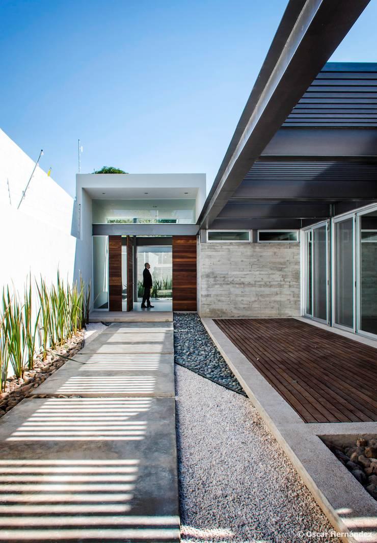 Casa THC / Arkylab:  de estilo  por Oscar Hernández - Fotografía de Arquitectura,