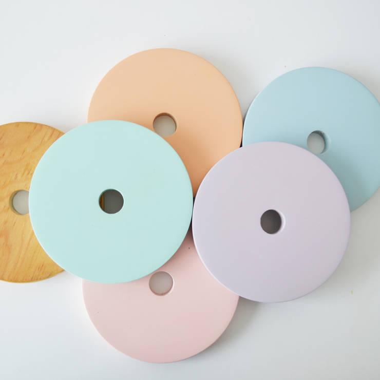 Colores Akún: Recámaras infantiles de estilo  por Akún
