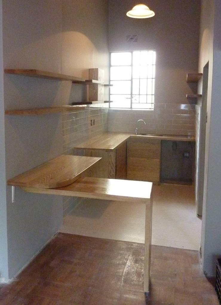 Montreaux—Kitchen 4: modern  by GreenCube Design Pty Ltd, Modern Wood Wood effect