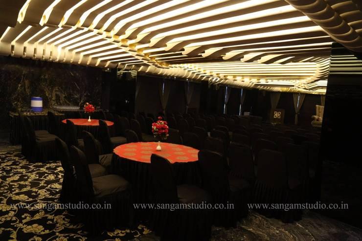 restaurant complex:  Bars & clubs by Vinyaasa Architecture & Design