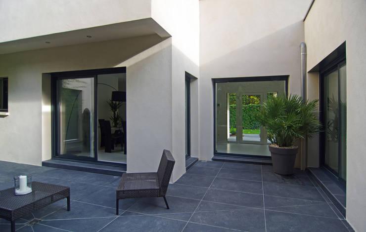 Outdoor: Jardin de style de style Moderne par Pierre Bernard Création