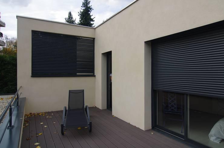 Terrasse: Maisons de style de style Moderne par Pierre Bernard Création