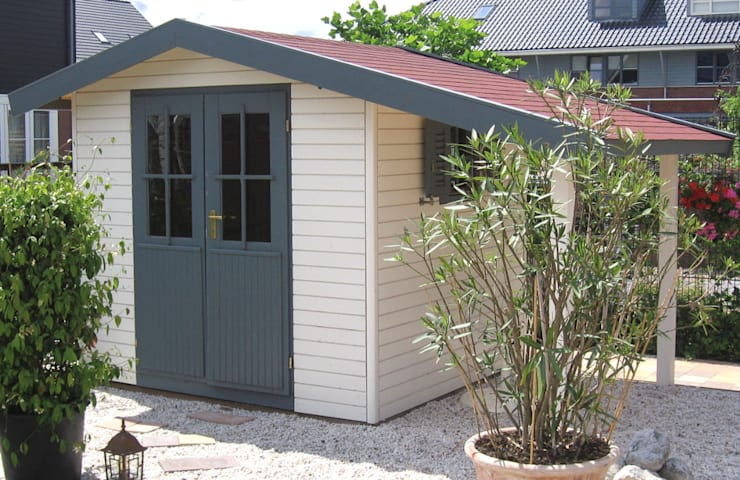 Pioneer 2 - Garden Shed with Canopy/Log Store: modern Garage/shed by Garden Affairs Ltd