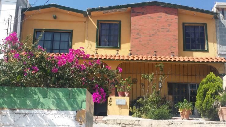 Fachada Antigua:  de estilo  por Laboratorio Mexicano de Arquitectura