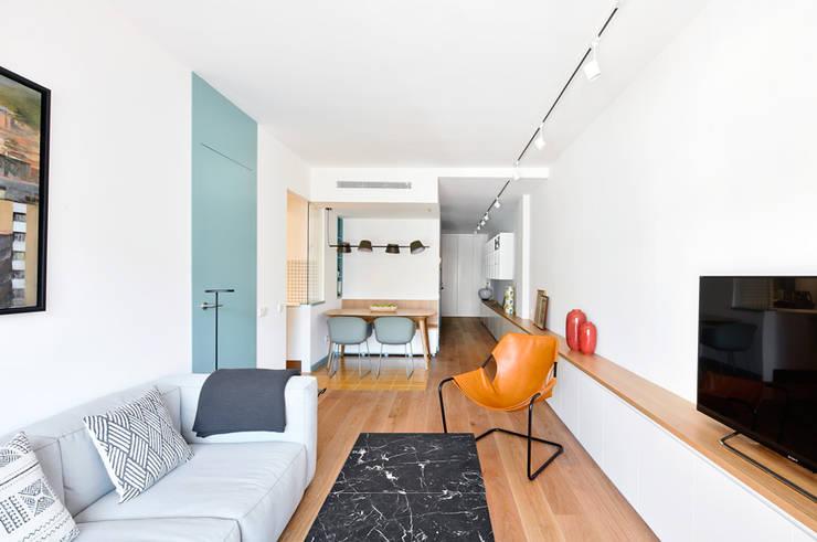 Ruang Keluarga by BONBA studio