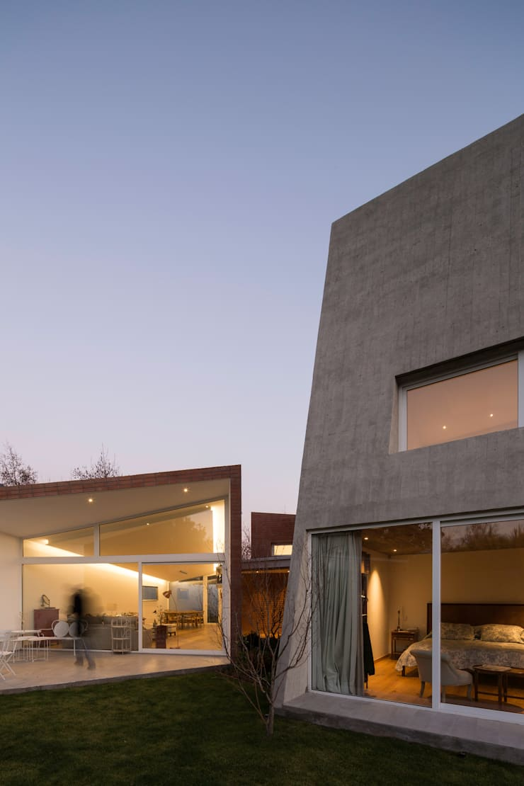 Vista exterior: Casas de estilo  por Swett Arquitectos