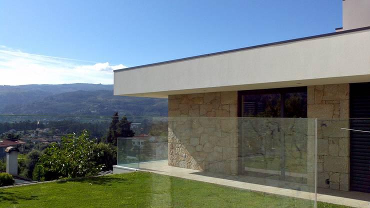 Exterior:   por Judite Barbosa Arquitetura