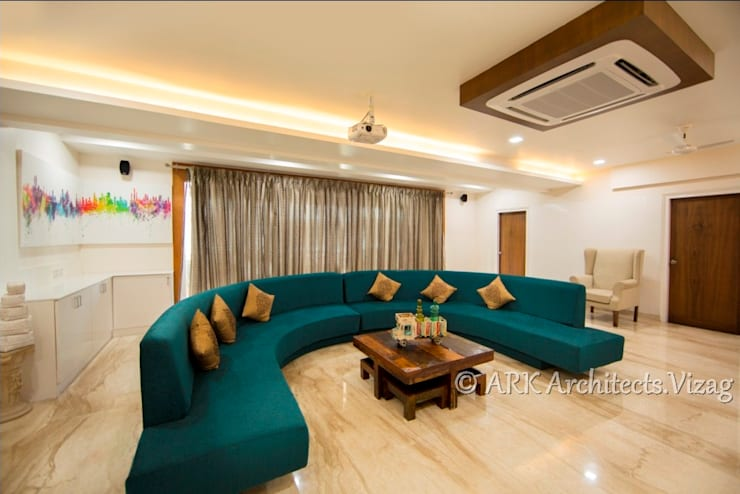 Home Theatre:  Media room by ARK Architects & Interior Designers