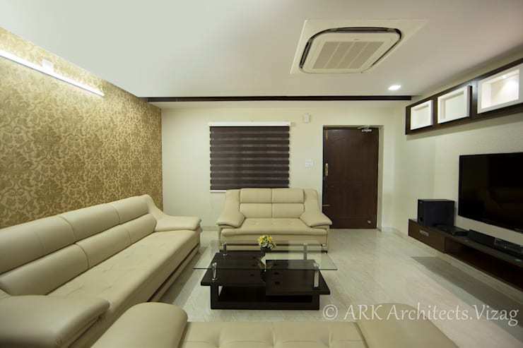 Drawing room:  Corridor & hallway by ARK Architects & Interior Designers