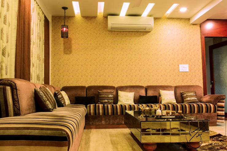 A Duplex Apartment, Raipur:  Living room by ES Designs