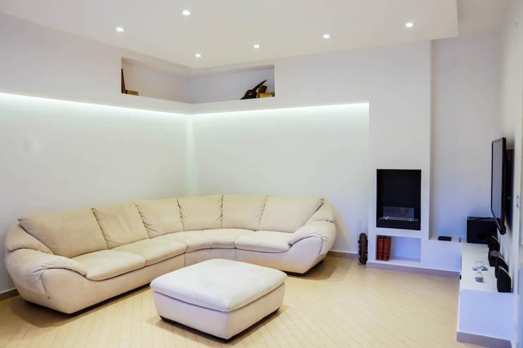 غرفة المعيشة تنفيذ LB Design e Allestimenti
