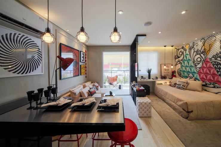 Phòng ăn by Chris Silveira & Arquitetos Associados