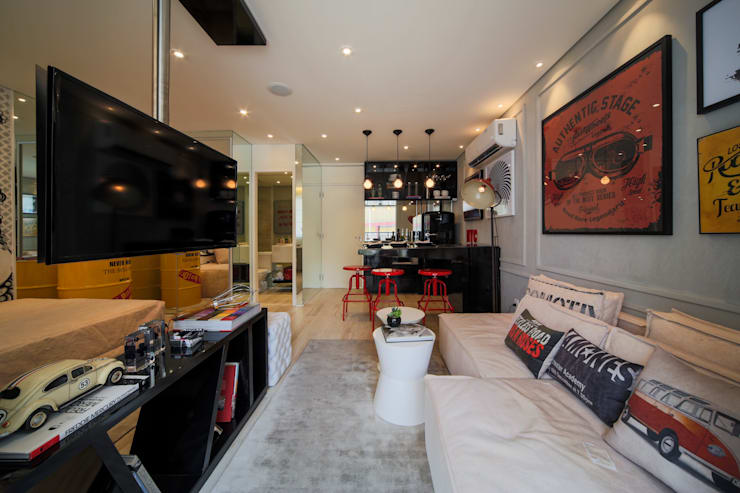 Гостиная в . Автор – Chris Silveira & Arquitetos Associados