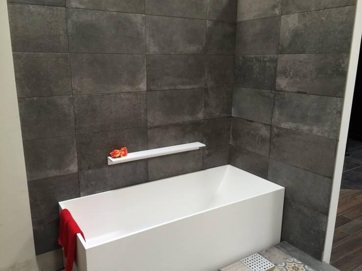 Showroom - Banio - DK :  Badezimmer von Copenhagen Bath