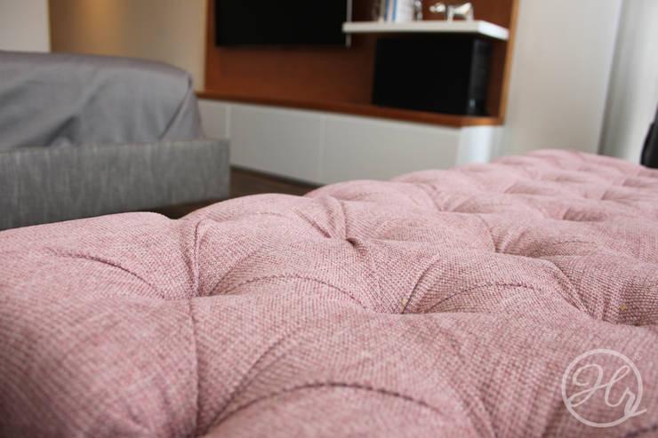 Pent House en Bogota: Recámaras de estilo  por Home Reface - Diseño Interior CDMX