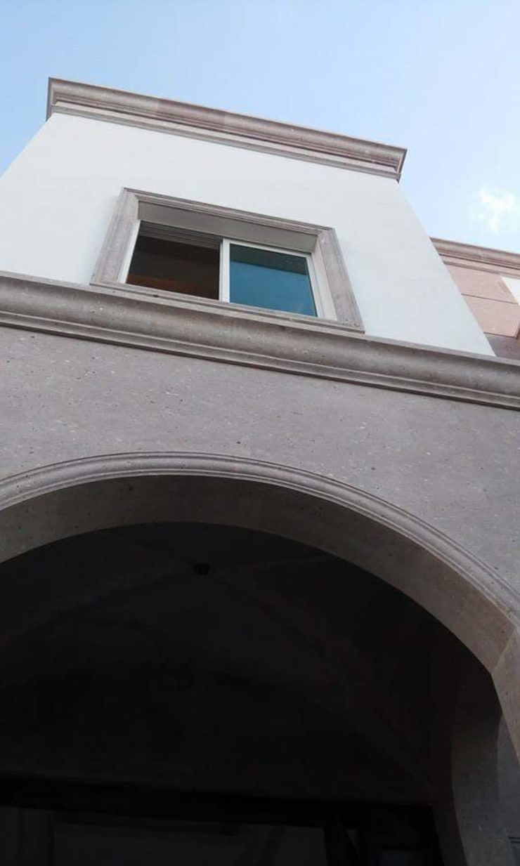 Detalle de Fachada: Casas de estilo  por DIIA