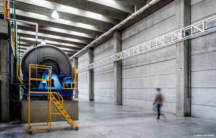CURFIMEX / OFICINA ADJUNTA:  de estilo  por Oscar Hernández - Fotografía de Arquitectura
