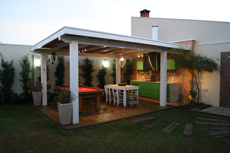 Área de lazer: Terraços  por canatelli arquitetura e design