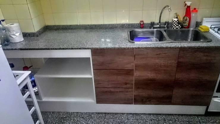 Instalacion de marmol a domicilio en Buenos Aires 1562710460: Cocinas de estilo  por Marmoleria y Carpinteria a domicilio