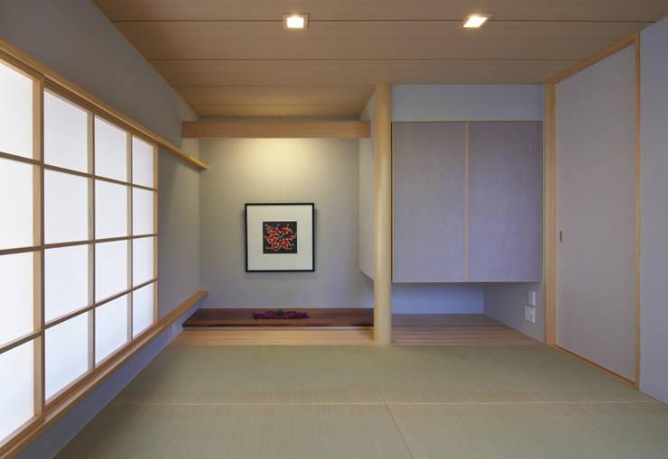 ห้องนอน by かんばら設計室