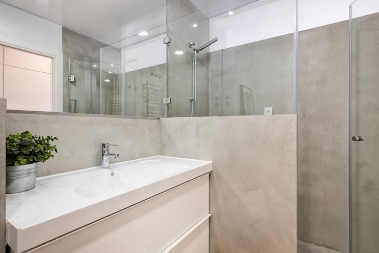 Casas de banho  por Espacios y Luz Fotografía