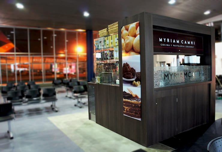 Local Myriam Camhi Aeropuerto el Dorado Bogota: Espacios comerciales de estilo  por AV arquitectos